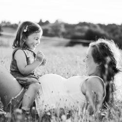 Schwangerschaftsfotografie, Babybauchshooting, Outdoor Shooting, Fotograf Aschaffenburg